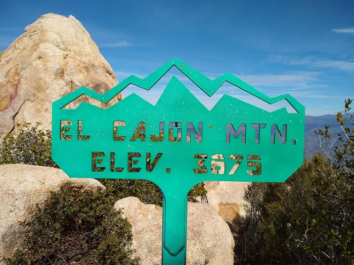 El Cajoh Mountain Hiking Trail Guide